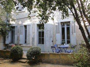 Une maison en Provence terrasse-300x225